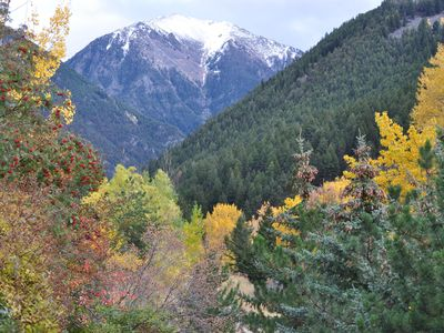 Photo for Private Creekside Retreat Near Yellowstone & Chico Hot Springs