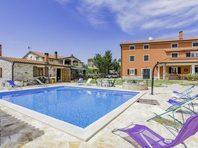 Photo for Holiday apartment With pool, air conditioning and internet access