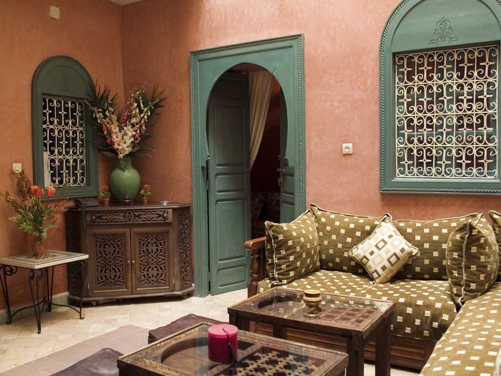 marrakech m dina lou en exclusivit pe abritel. Black Bedroom Furniture Sets. Home Design Ideas