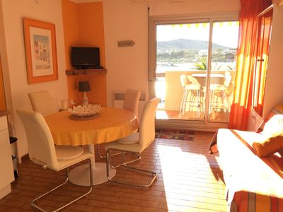Photo for Blow of heart: studio cabin, seen sea - Direct access beach-Pool-port of Bormes