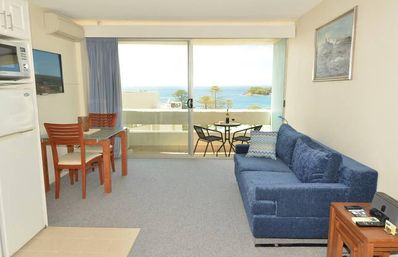 Photo for Manly Seaside Bliss 1 bedroom apartment