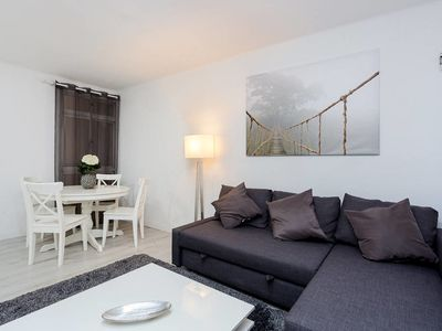 Photo for Design 2bed flat next to Pubilla Cases Metro