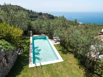 Photo for Rustic villa in a quiet area, near Massalubrense, with swimming pool and sea view