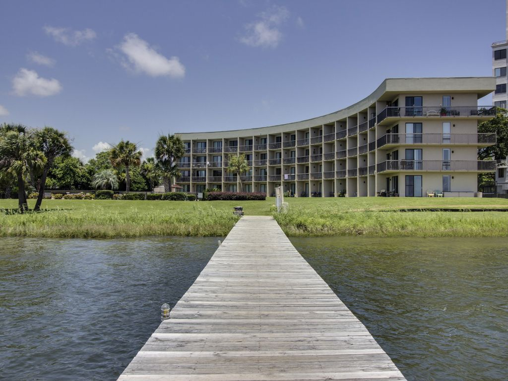 Cozy Studio On The Santa Rosa Sound With A Deck And Shared Swimming Pool Okaloosa Island