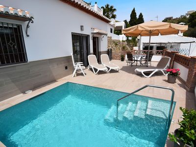 Photo for Modern cottage with airconditioning in Nerja