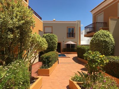 Photo for Apartment for 2 people in a small complex with pool.   Budens Algarve West