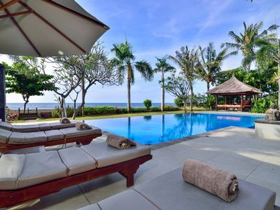 Photo for 3 Bedrooms Private Villa With Sea View, Lovina,North Bali