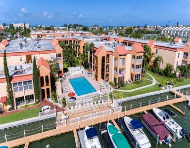 The Lovely Waterfront Complex of Boca Shores