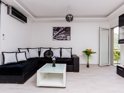 Photo for Dream Vacation Apartments- Black Apartment