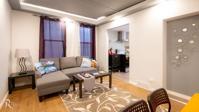Photo for ✅ 👉🏻 Book Now | Corporate Housing Dwnt 3bed Near Hospital w/Parking Near HSC