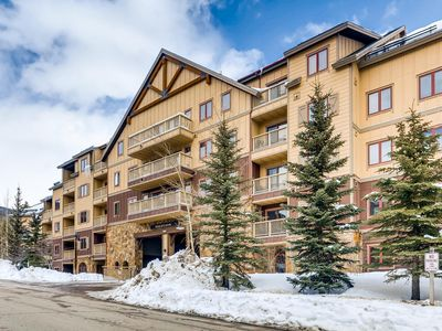 Photo for Keys To Keystone! *Newly Updated* Slope views! Steps from River Run Gondola