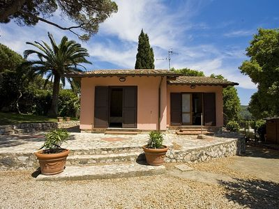 Photo for Nice small well finished house, with air condition and garden, close to the beach of Schiopparello