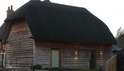 Photo for Thatched Barn Overlooking The River Thames