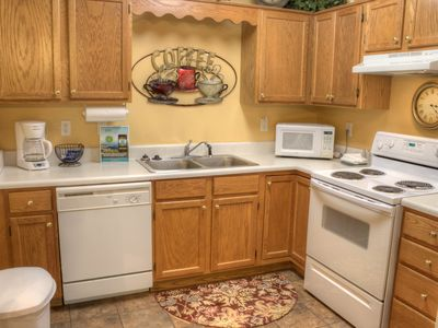 47 TV, 1 BR, City View, Clean, Affordable, Virtual Arrival/Departure