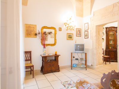 Photo for Quiet house, equipped with all comforts and close to monuments, bars, restaurants