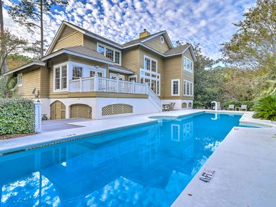 Photo for NEW Listing- 5 Bedrooms with a Gorgeous Private POOL and Golf Course Views
