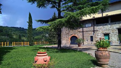 Photo for Farmhouse Casellina, Olivi house, swm-pool and garden, Florentine Chianti Hills
