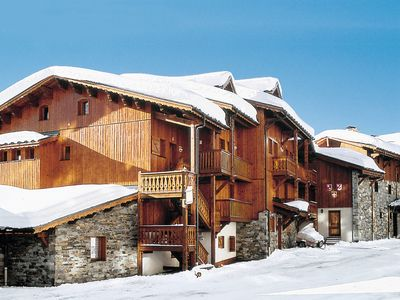 Photo for This 4-bedroom villa for up to 8 guests is located in Val Thorens and has a private swimming pool an