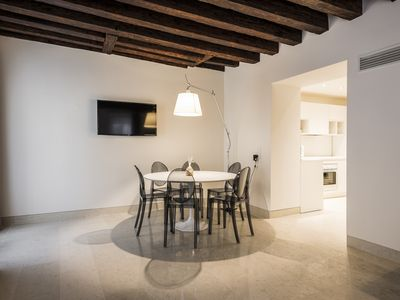 Photo for MyPlace Campo Santa Margherita Family Apartment