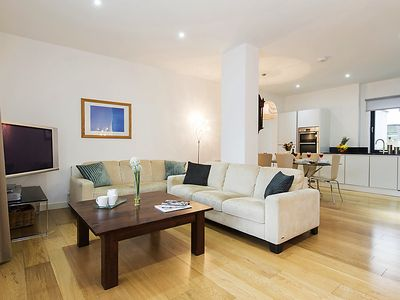 Photo for Apartment Tenter in London City - 6 persons, 3 bedrooms