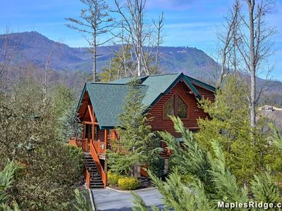 Photo for Summer Discounts, Mtn cabin,Pigeon Forge, Mountain View, pool table