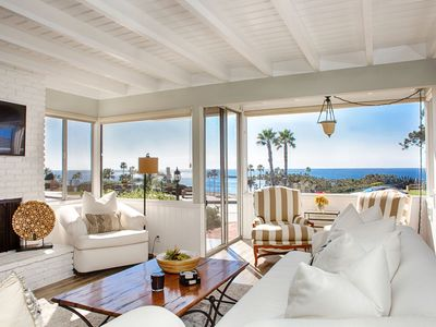 Photo for Spectacular 180 degree Ocean front