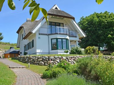 Photo for Seedörper Reethus F558 Thatched cottage with water view - Seethörper Reethus