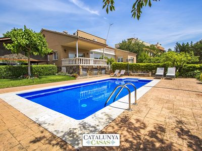 Photo for Catalunya Casas: Idyllic Villa up to 12 guests, a short drive/train ride from Barcelona!
