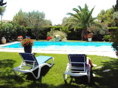 Photo for Homerez last minute deal - Spacious house with swimming-pool