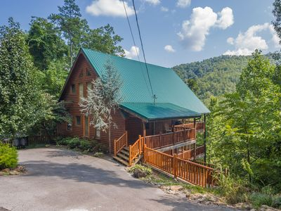 Photo for Luxury Log Cabin, View, Super Fast WiFi, NFL Sunday, Arcade, Fishing & 2 Pools!