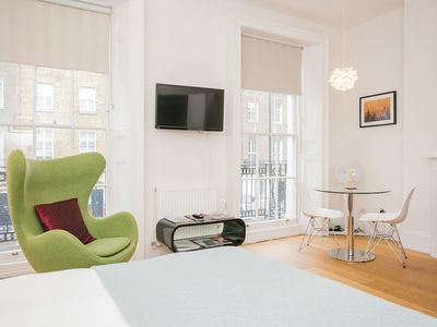 Photo for Modern and Bright 1 Bed Apartment in Marylebone
