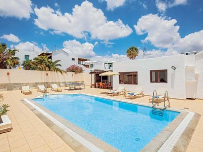 Photo for 3 bedroom Villa, sleeps 6 in Puerto del Carmen with Pool, Air Con and WiFi