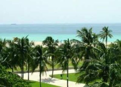 Photo for Luxurious South Beach Rental on Ocean Drive