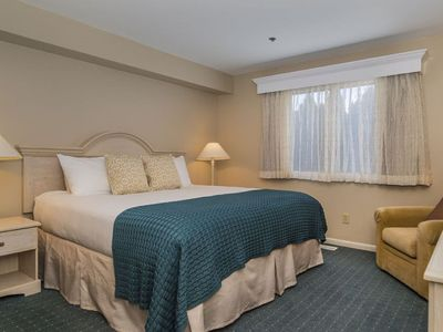 Photo for Water's Edge Resort and spa w indoor and outdoor pool and beach. Condo Sleeps 6