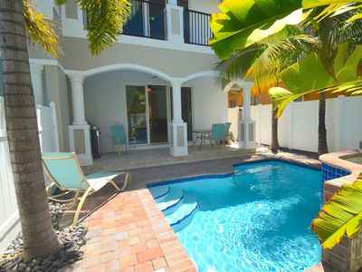 Photo for Villa Vista 37:ROOF TERRACE + HTD POOL+1 BLOCK TO LAUD BY SEA BEACH! STUNNING!
