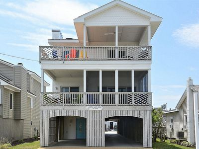 Photo for FREE DAILY ACTIVITIES!!! Big and Beautiful with plenty of space to spread out and relax this 7 bedroom, 5 bath vacation house is conveniently located just steps from both the beach and Bethany's boardwalk!