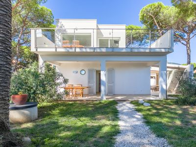 Photo for Just a few steps from the sea - Villa Giulia