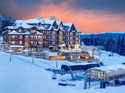 Photo for Sleeps 8 - Ski In/ Ski Out Grand Colorado on Peak 8