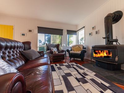Photo for The Albatross in the heart of Port Campbell, easy walk to the beach.