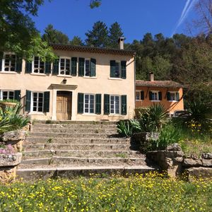 Photo for Magnificent family property with private pool and access to a river