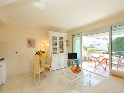 Photo for Apartment 1.2 km from the center of Cannes with Lift, Internet, Washing machine, Air conditioning (109043)