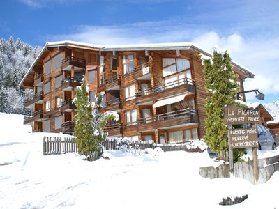 Photo for SKI IN SKI OUT ONE BEDROOM FLAT