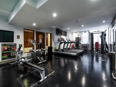 Photo for Studio Flat South Kensington, Sauna & Gym