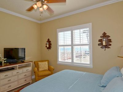 Photo for The Inn At Crystal Beach #110b: 2 BR / 2 BA condo in Destin, Sleeps 8