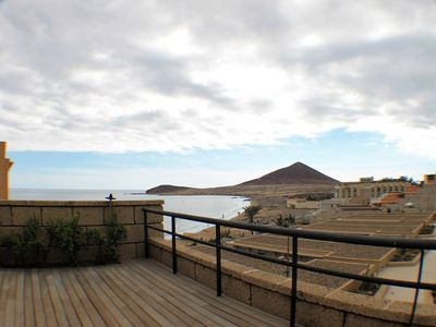 Photo for The Médano. Spectacular terrace and sea views!