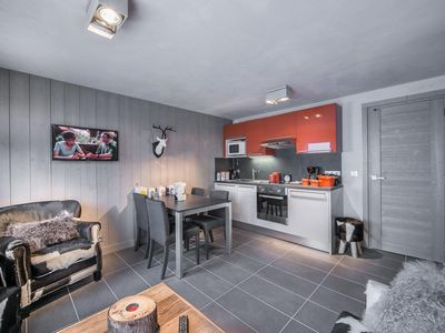 Photo for Hereford: Comfortable and design atmosphere with large bedroom