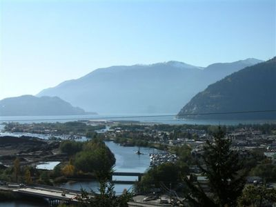 Photo for 1BR House Vacation Rental in squamish, BC