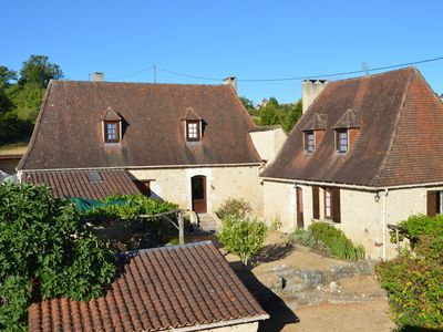 Photo for Authentic charm in Périgord for 12 people, quiet with swimming pool