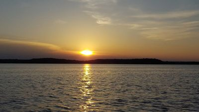 Photo for 2 Bedroom house, sleeps 6 people, beautiful lake views with lake access
