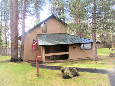 Photo for UPDATED 2 BR/2 Bath + Loft Cabin with SIX SHARC Passes + Private Community pool